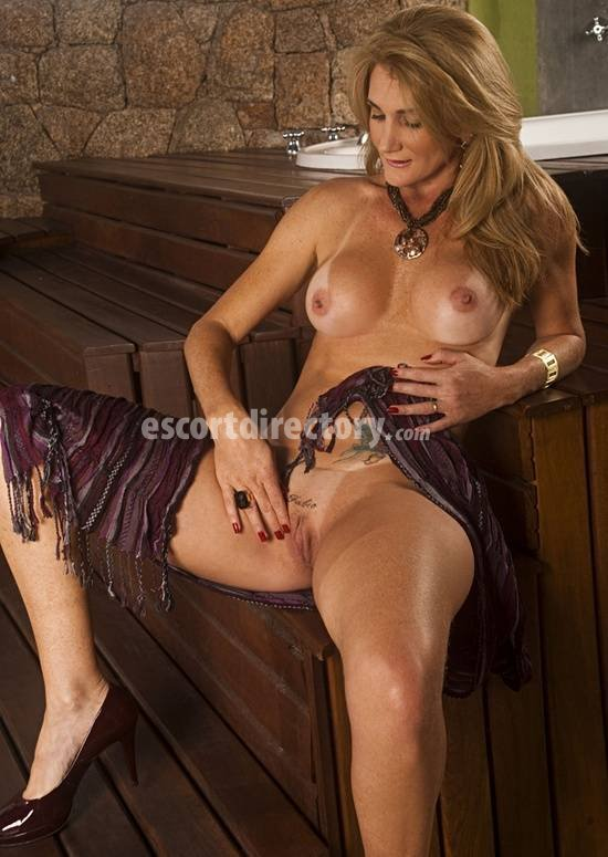 safada female escort websites